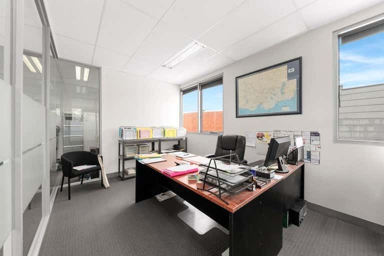 Office 2, 696 Doncaster Doncaster VIC 3108 - Image 2