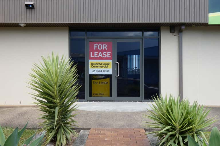 Unit 4, 146 Lake Road Port Macquarie NSW 2444 - Image 1