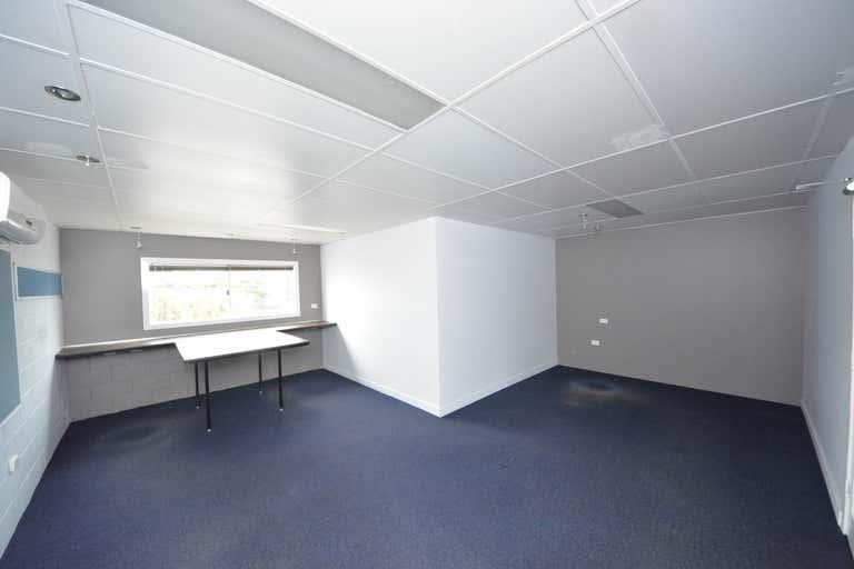 39 Gladstone Road Allenstown QLD 4700 - Image 3