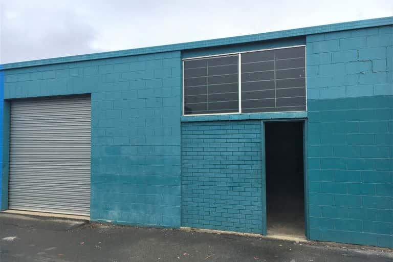 2/39 Machinery Drive Tweed Heads South NSW 2486 - Image 2