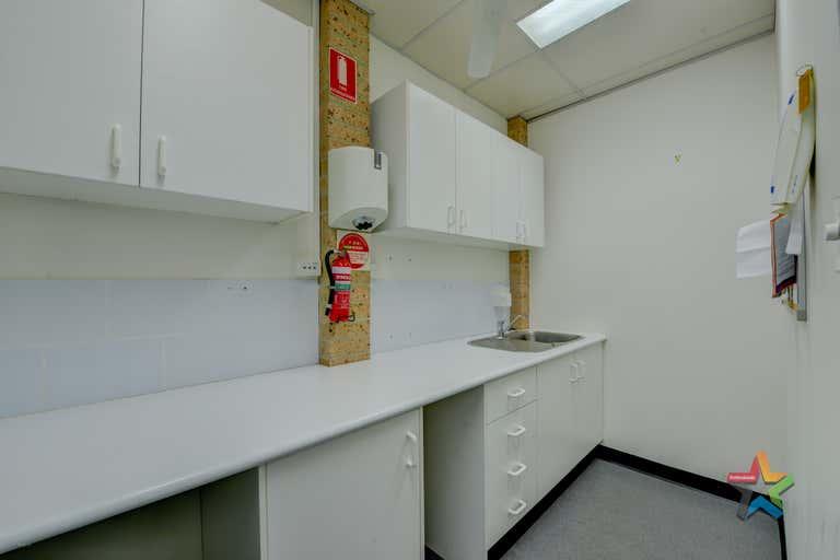 2/84 Denison Street Tamworth NSW 2340 - Image 4
