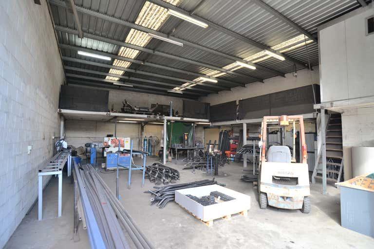 Unit 2/112 Compton Road Woodridge QLD 4114 - Image 2