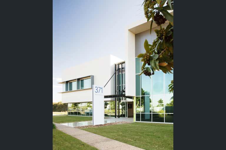Suite 1.3 / 371 MacArthur Avenue, Hamilton, 1.3, 371 Macarthur Avenue Eagle Farm QLD 4009 - Image 2