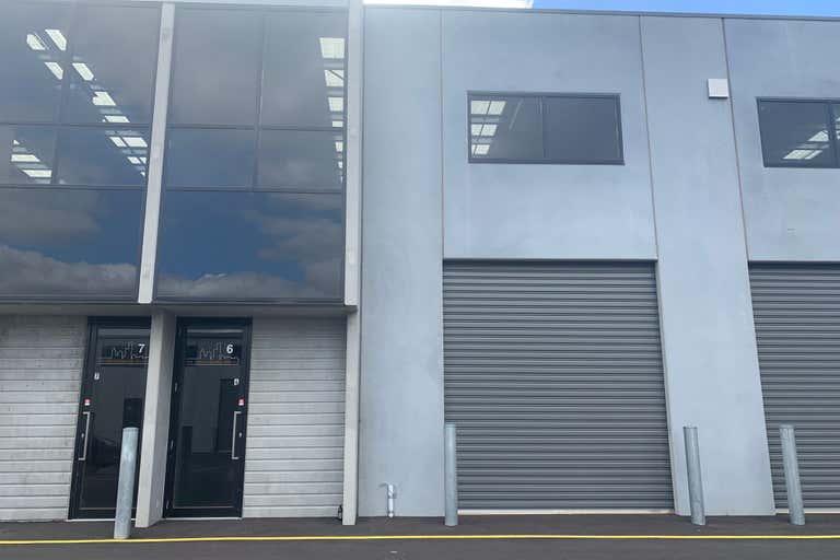 6/46 Graingers Road West Footscray VIC 3012 - Image 1