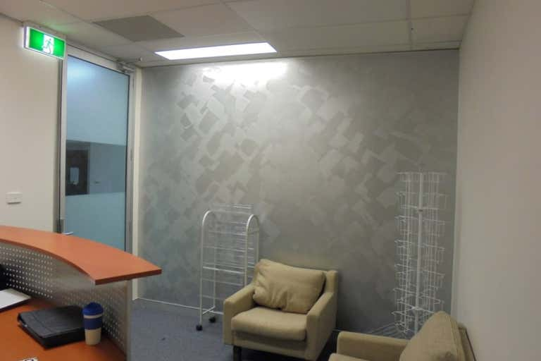 Suite 4, 111 Henry Street Penrith NSW 2750 - Image 4