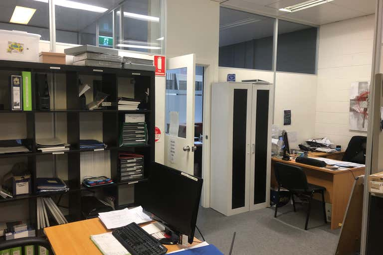 11/2-14 Station Place Werribee VIC 3030 - Image 4