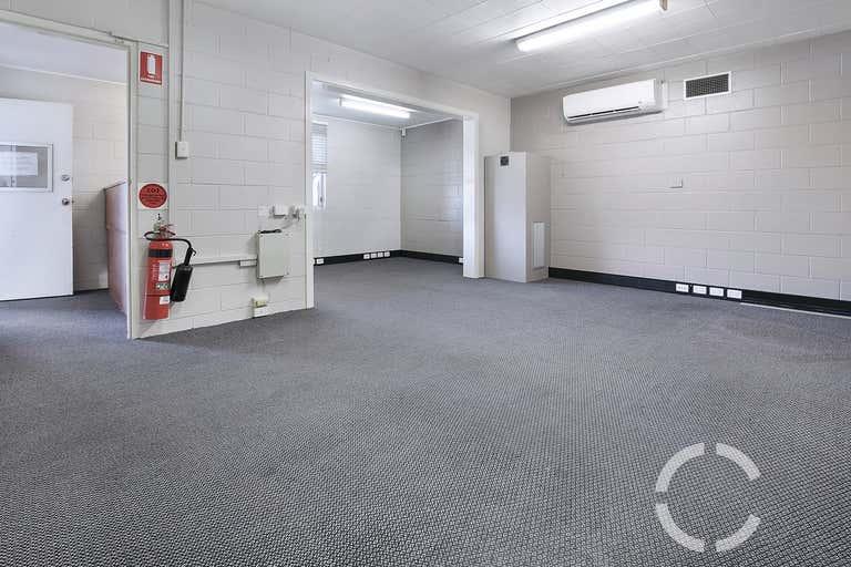 31 Dibley Street Woolloongabba QLD 4102 - Image 2