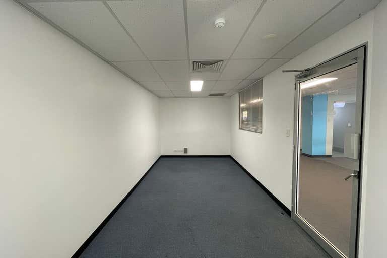 29B/207 Currumburra Road Ashmore QLD 4214 - Image 2