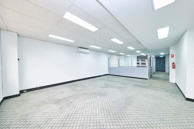 Suite 2, 182-184 Victoria Parade East Melbourne VIC 3002 - Image 4