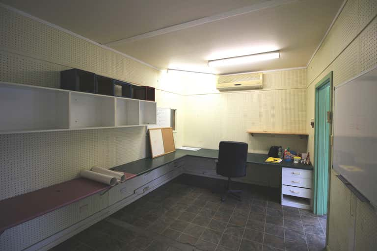 2/57 Supply Road Cairns QLD 4870 - Image 2