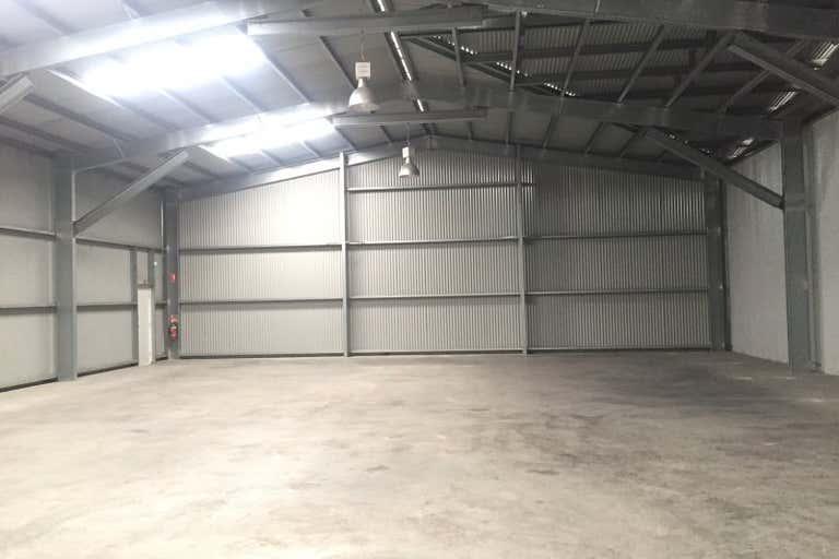 Unit 2, 11 Ellemsea Circuit Lonsdale SA 5160 - Image 2