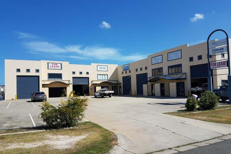 Unit 3, 35 Chapple Street Gladstone Central QLD 4680 - Image 1