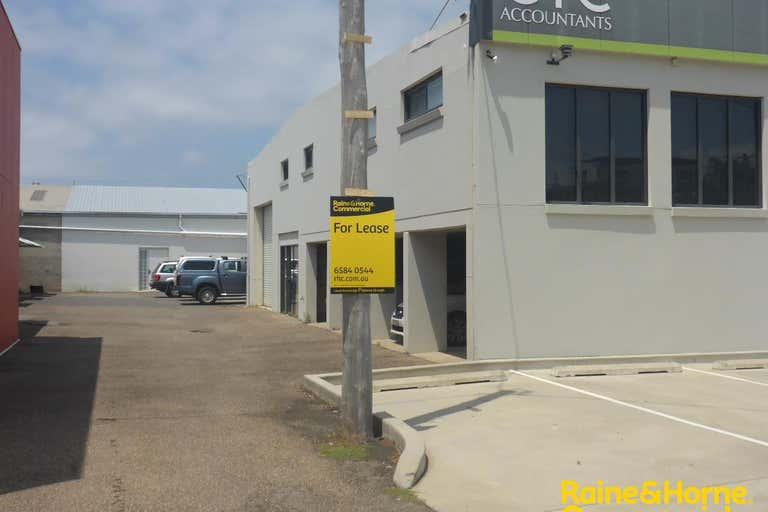 Unit 2, 44 Gordon Street Port Macquarie NSW 2444 - Image 2