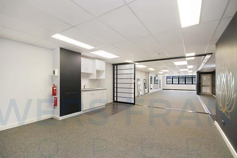 30B Griffith Street Coolangatta QLD 4225 - Image 4