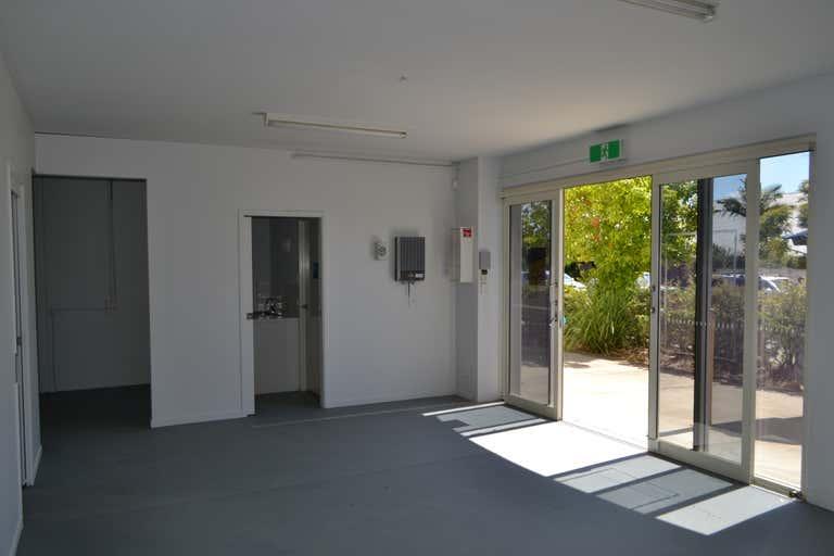 3/7-9 De Barnett Street Coomera QLD 4209 - Image 2