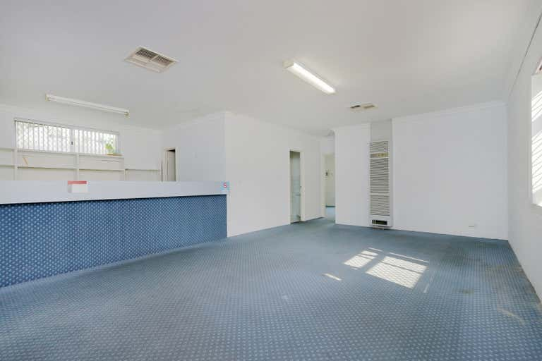 2/9 Archibald Street Willagee WA 6156 - Image 1