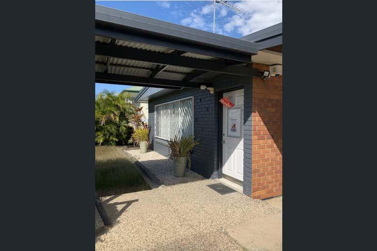 134 Elphinstone Street Berserker QLD 4701 - Image 2