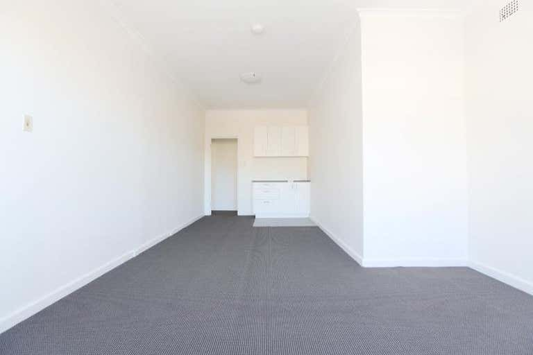 LEASED BY MICHAEL BURGIO 0430 344 700, 678 Pittwater Rd Brookvale NSW 2100 - Image 4