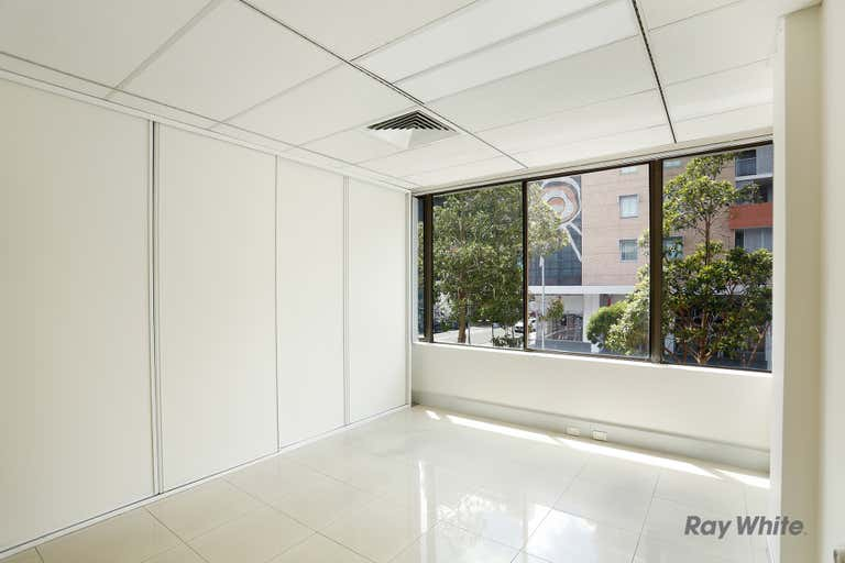 6/27 Hunter Street Parramatta NSW 2150 - Image 4