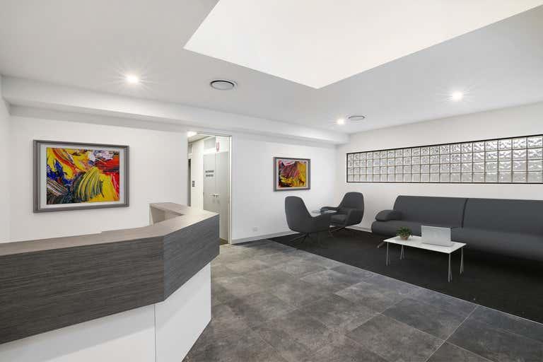 6 Marshall Lane Kenmore QLD 4069 - Image 2