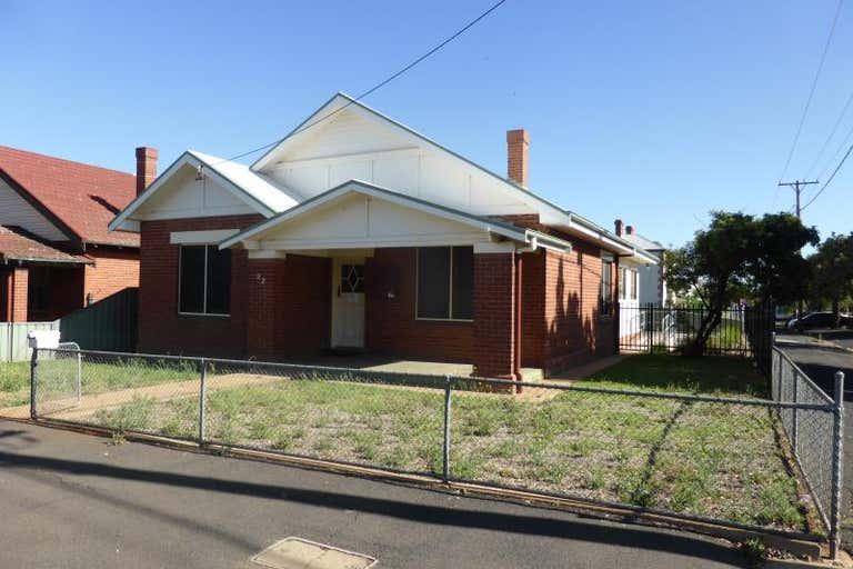 92 Cobra Street Dubbo NSW 2830 - Image 1