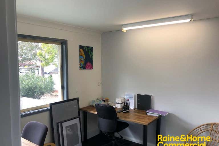 Suite 4, 23 Chamberlain Street Campbelltown NSW 2560 - Image 3