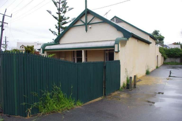 6 Tydeman Road North Fremantle WA 6159 - Image 4