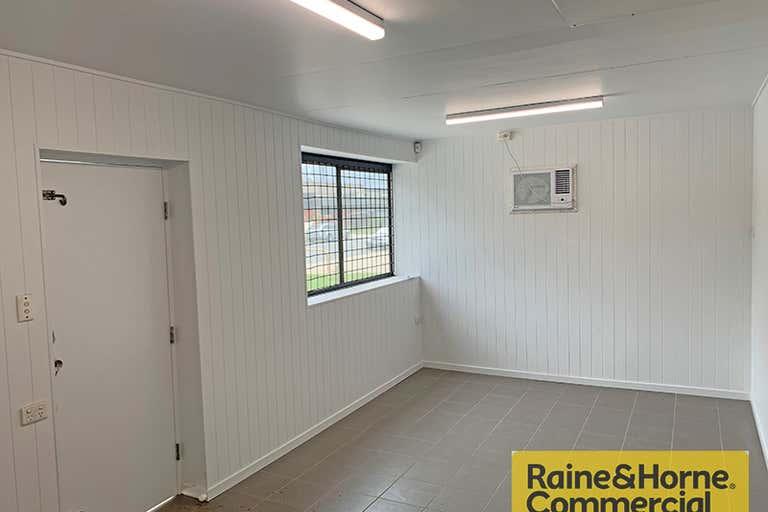 5/22 Hurricane Street Banyo QLD 4014 - Image 3