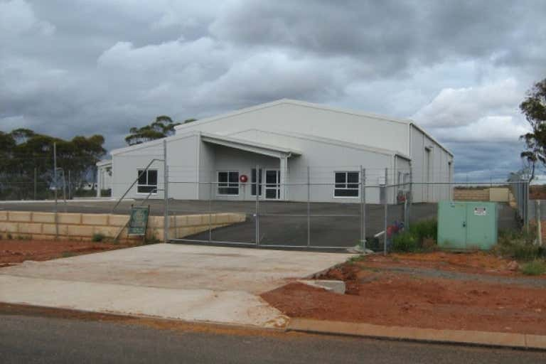 48 Percy Road West Kalgoorlie WA 6430 - Image 3