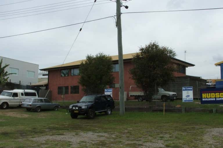 2 RUDMAN PARADE Burleigh Heads QLD 4220 - Image 1