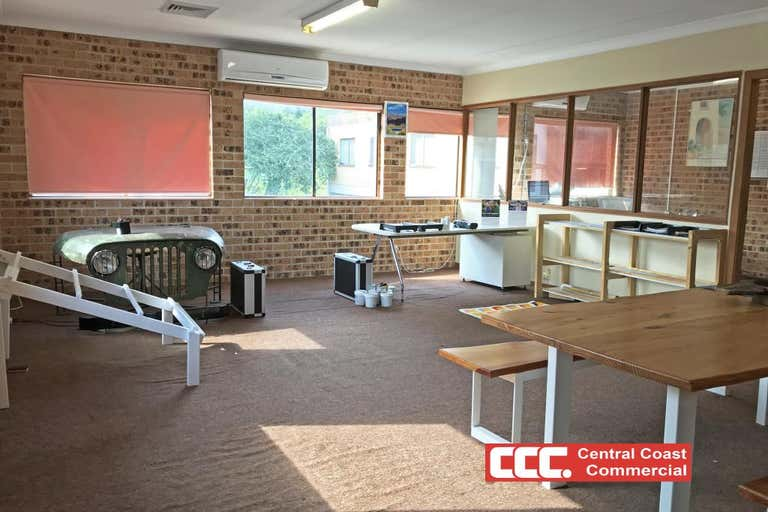 4/355 Mann Street Gosford NSW 2250 - Image 1