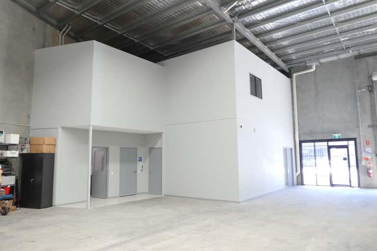 27/17 Cairns Street Loganholme QLD 4129 - Image 2