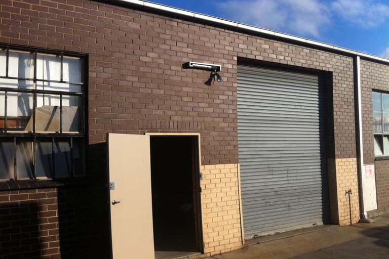 2/16 Brunsdon Street Bayswater VIC 3153 - Image 1