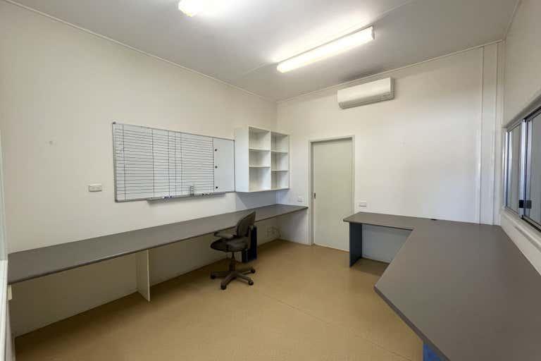 2/95 Duchess Rd Mount Isa QLD 4825 - Image 2