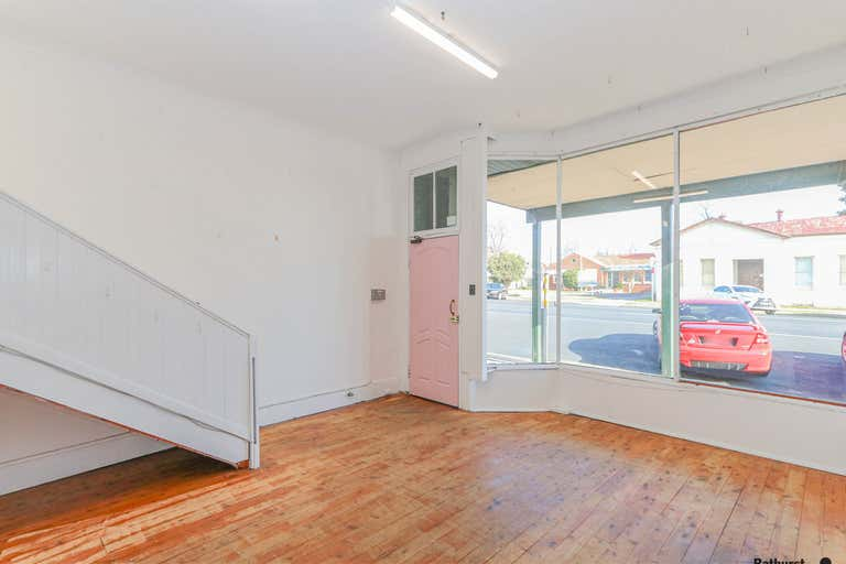 1/237 Russell Street Bathurst NSW 2795 - Image 3
