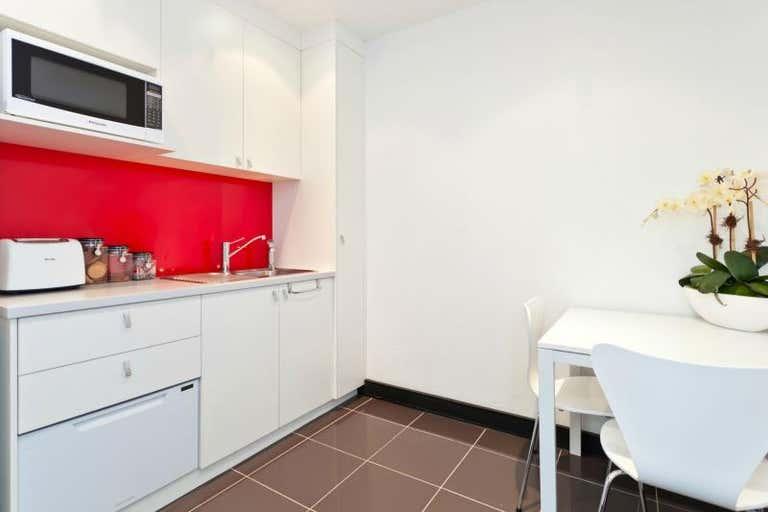 13/97 Creek Street Brisbane City QLD 4000 - Image 3