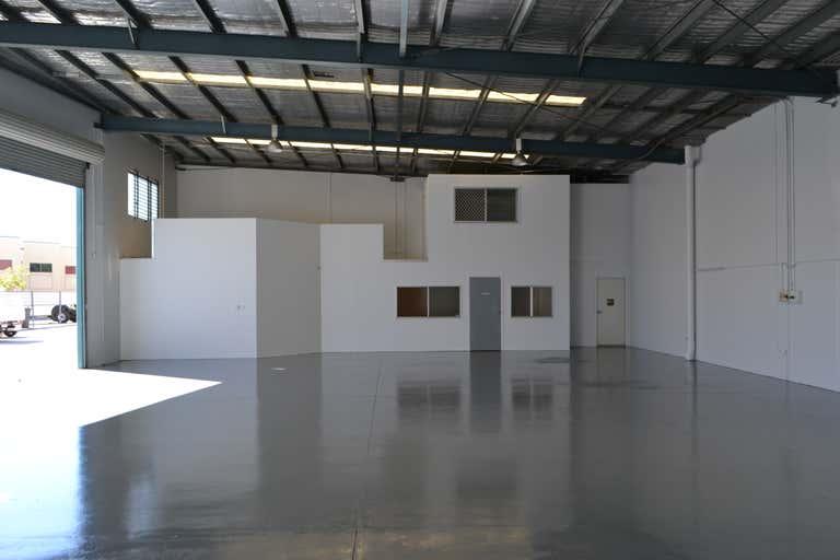 7 & 8/225A Brisbane Road Biggera Waters QLD 4216 - Image 3