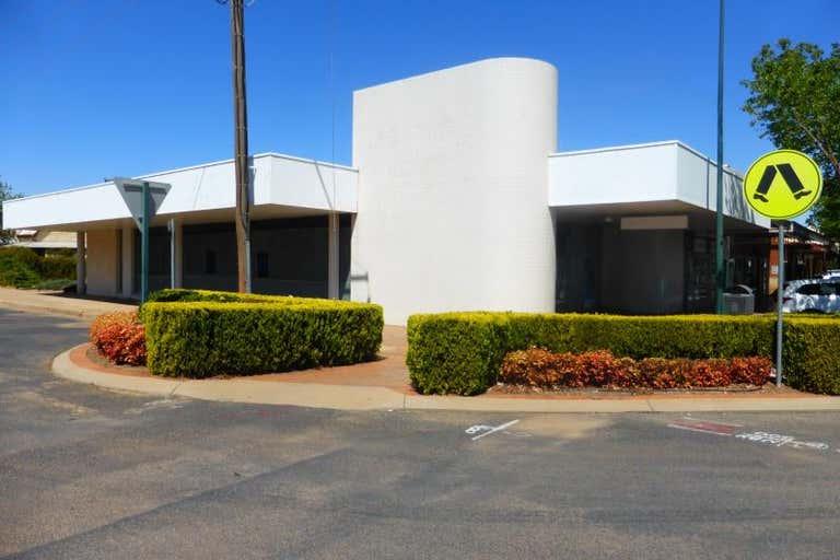 67 Dandaloo Street Narromine NSW 2821 - Image 4