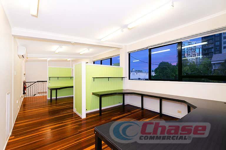 1/46 Wharf Street Kangaroo Point QLD 4169 - Image 4