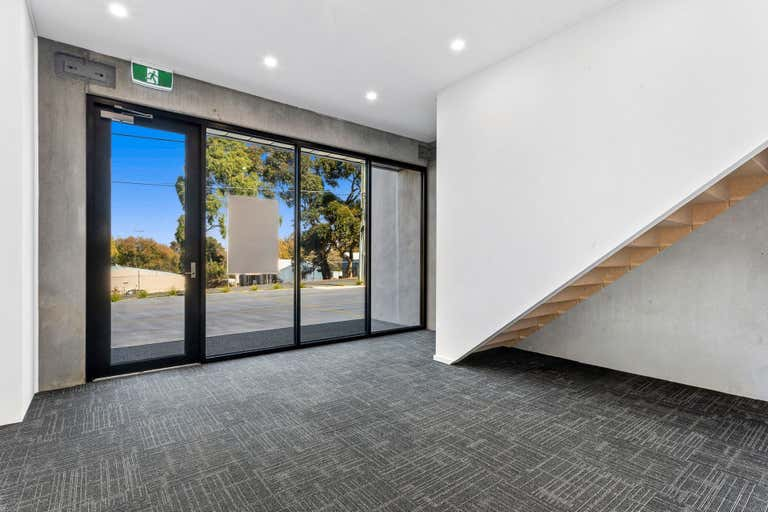 3/65-67 Little Fyans Street South Geelong VIC 3220 - Image 2