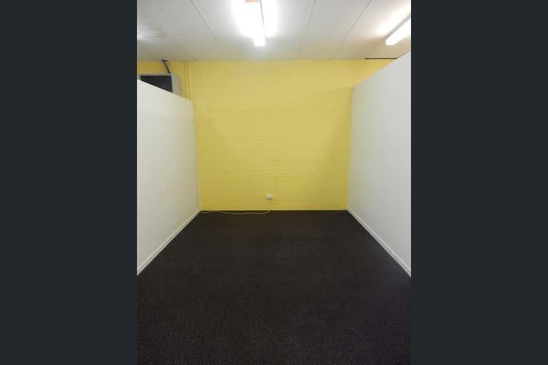 1/76-78 Camooweal Street Mount Isa QLD 4825 - Image 2