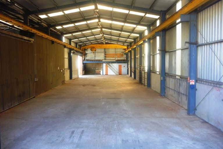 52 Doyle Avenue Unanderra NSW 2526 - Image 3