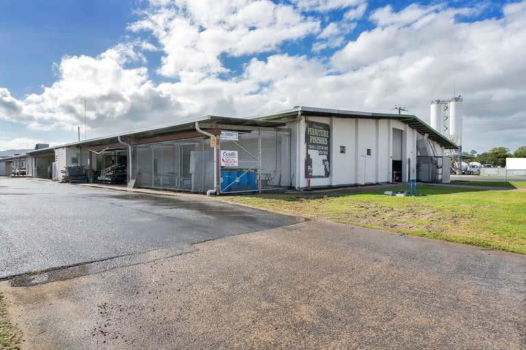 27/2-4 Toohey Street Portsmith QLD 4870 - Image 2