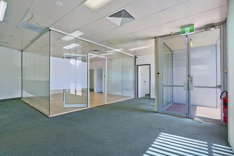 Unit 2, 107 Griffiths Road Lambton NSW 2299 - Image 2