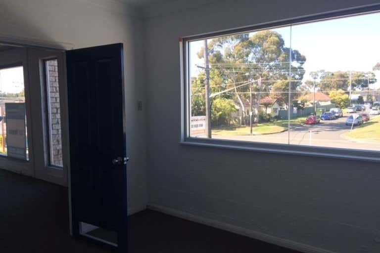 25 Captain Cook Drive Caringbah NSW 2229 - Image 4