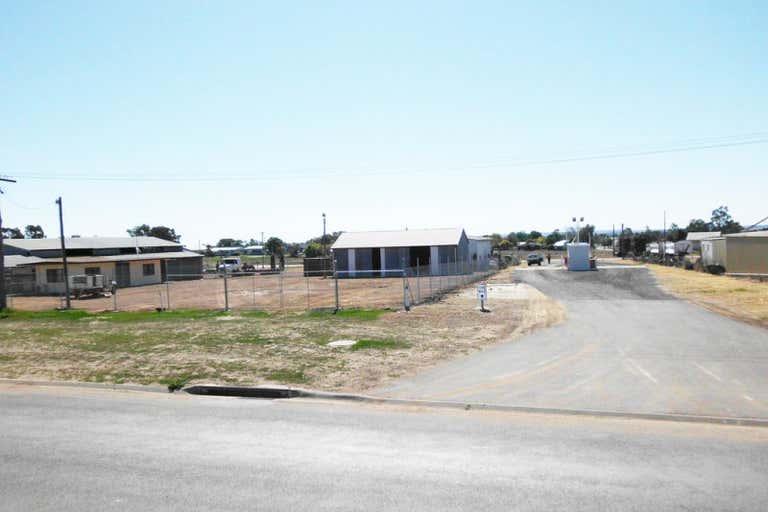 15 Zupp Road Wandoan QLD 4419 - Image 1