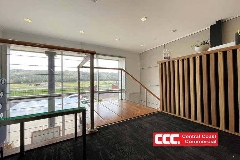 1/3a Racecourse Road West Gosford NSW 2250 - Image 3