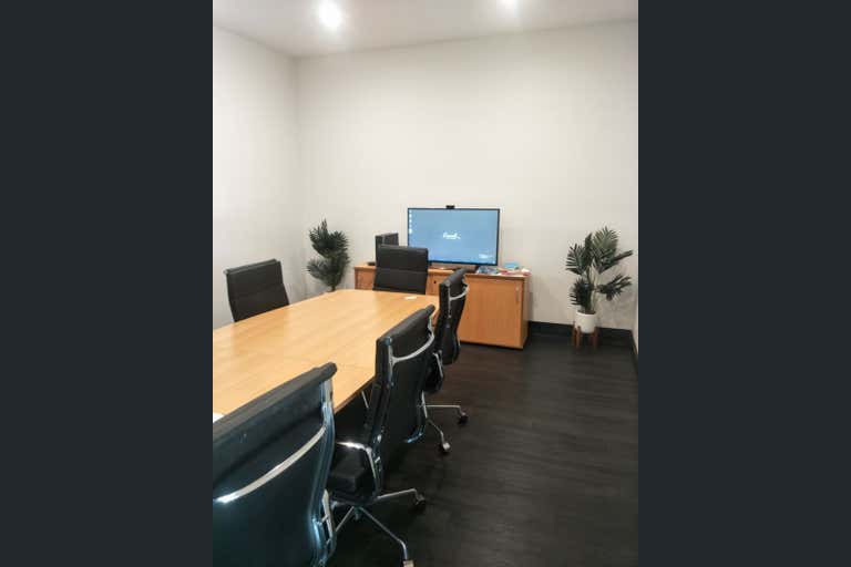 16 Kingston Drive Helensvale QLD 4212 - Image 2