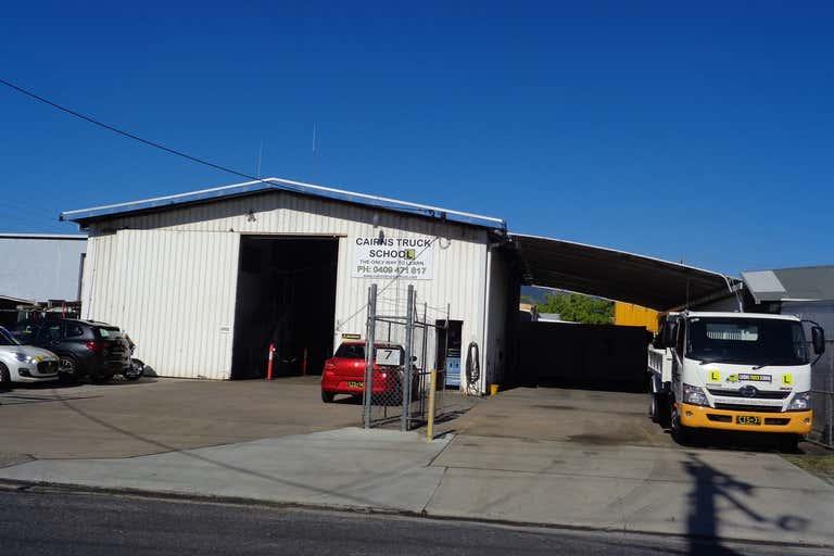 7 Ogden Street Bungalow QLD 4870 - Image 2