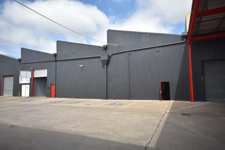 Unit 2C/200-208 North Street Albury NSW 2640 - Image 2